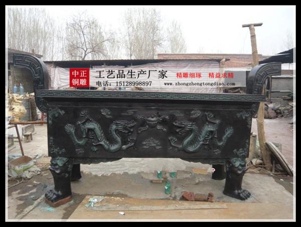 寺院为什么要用铜香爐_铜香爐铸造厂銅雕价格便宜,产品规格品种齐全,其造型,技艺精湛,庄重典雅,古朴大方。
